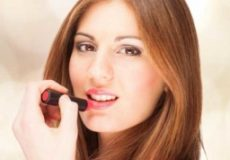 which-lipstick-color-makes-you-look-fresh-and-young-256×256